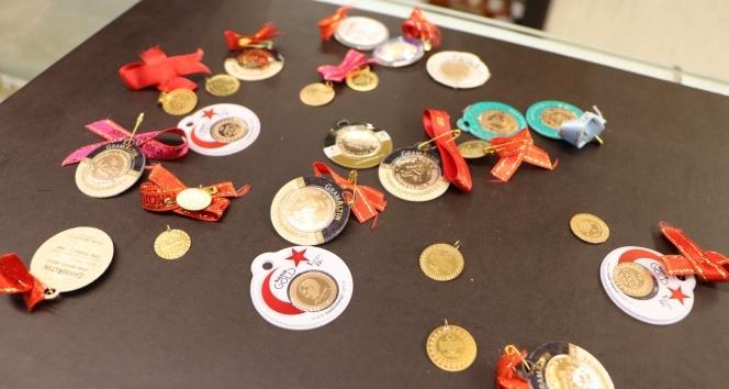 Çeyrek altın fiyatları arttı, 1 gramlık ve yarım gramlık altınların satışında artış yaşandı