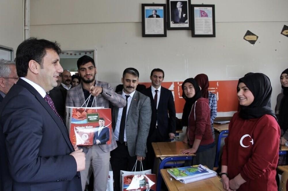 Başkan Melik Yaşar'ın başlattığı eğitim seferberliği meyvelerini vermeye başladı