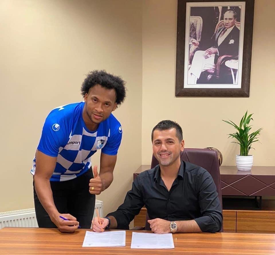 BB Erzurumspor'un yeni transferi Arturo Mina'nın koronavirüs testi pozitif çıktı
