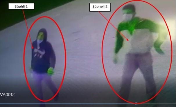 Çelik kasa hırsızları kameralara yakalandı