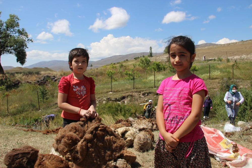 Erzurumlu kadınların yük yıkama dönemi başladı