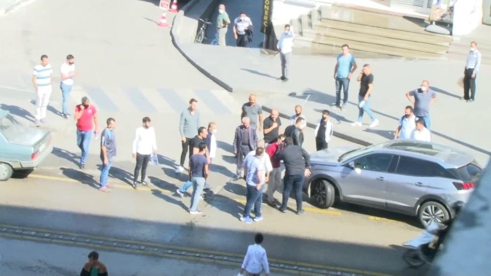 Erzurum'da trafik kazası yumruklu kavgaya dönüştü