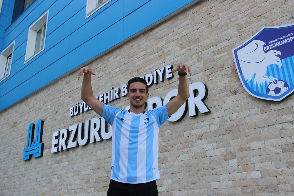 BB Erzurumspor Leo Schwechlen'i kadrosuna kattı