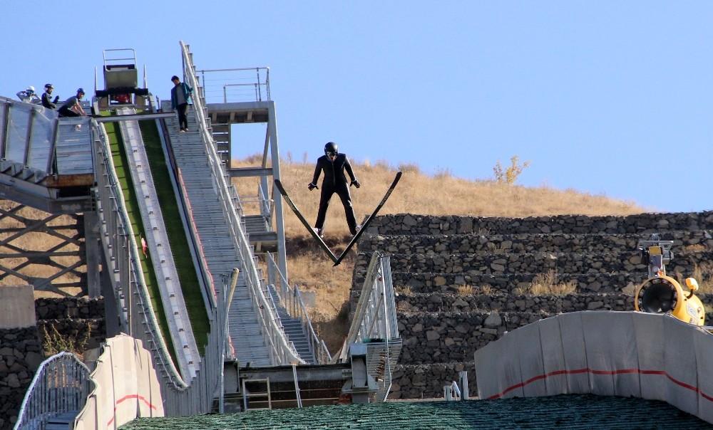 Kayakla Atlama Milli Takımı kış sezonuna hazırlanıyor
