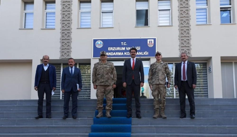 Aşkale heyetinden Jandarma Komutanlığı'na ziyaret