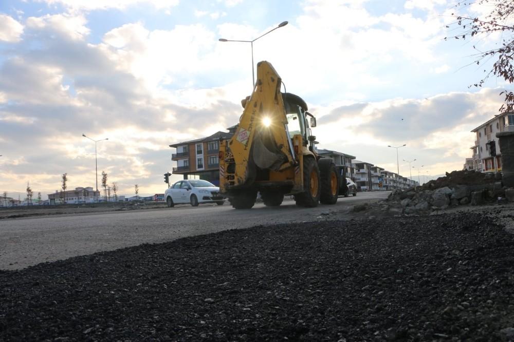 Sosyal medyadan asfalt çağrısı