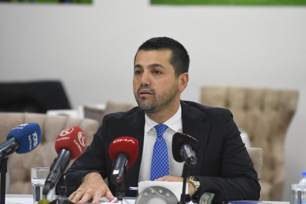 Büyükşehir Belediye Erzurumspor Başkanı Hüseyin Üneş'ten duygusal veda