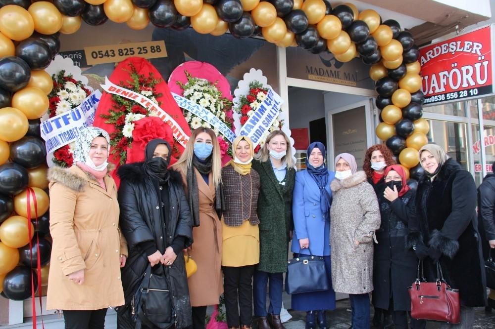 Dünyanın en lezzetli çikolata atölyesi Erzurum'da kuruldu