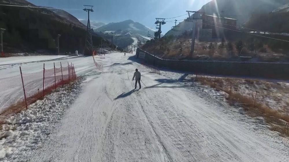 Palandöken Kayak Merkezi yeni sezona hazır