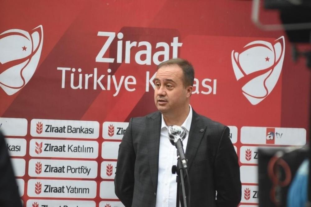 """Selahaddin Dinçel: """"BB Erzurumspor'u tebrik ediyorum"""""""