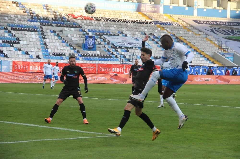 Süper Lig: BB Erzurumspor: 0 – Y. Denizlispor: 1 (İlk yarı)