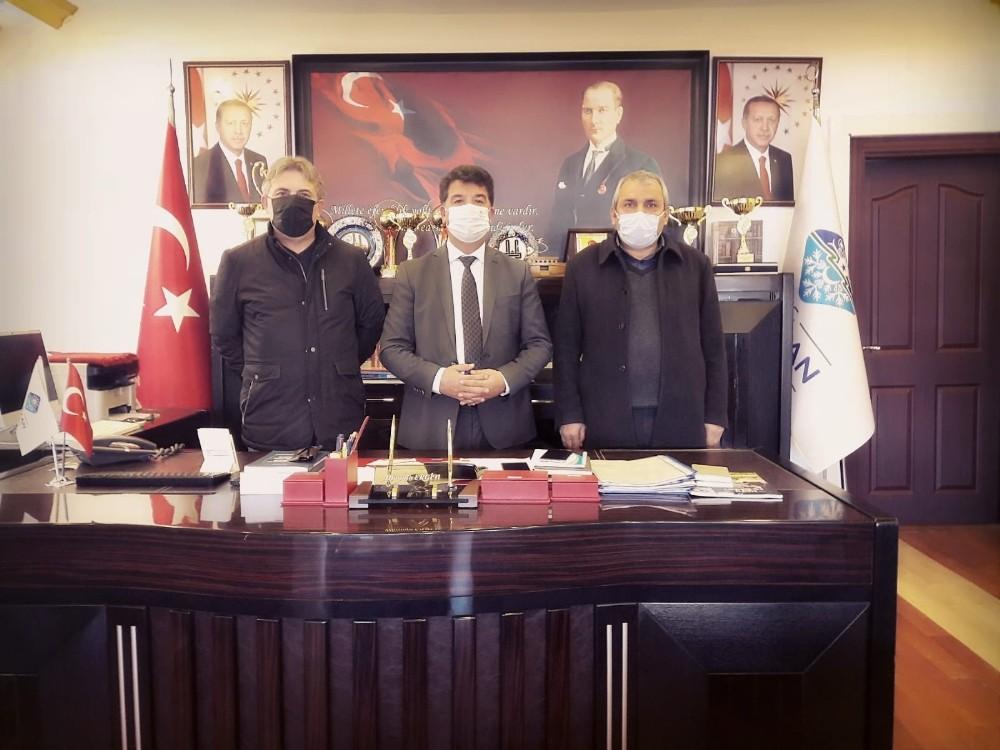 Türkiye Gazetesi heyetinden Tekman Belediyesi'ne ziyaret