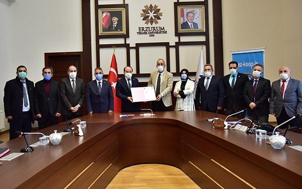 ETÜ ile Tez-Koop-İş Sendikası arasında toplu iş sözleşmesi imzalandı