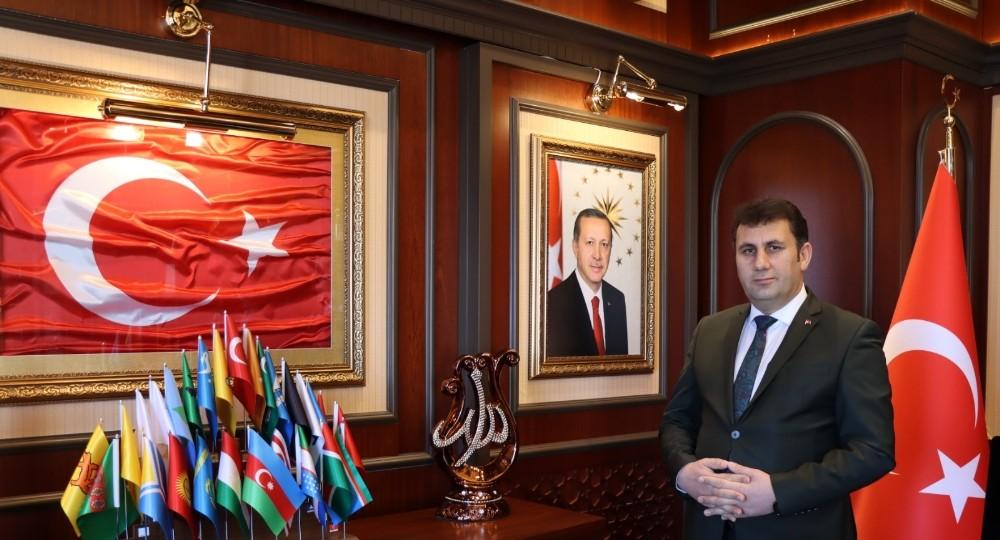 Çat Belediye Başkanı Melik Yaşar'dan Regaib Kandili mesajı