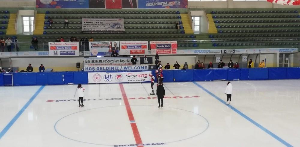 Short track kupası yarışları Erzurum'da başladı