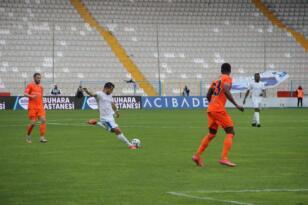 Süper Lig: BB Erzurumspor: 1 – Medipol Başakşehir: 0 (İlk yarı)