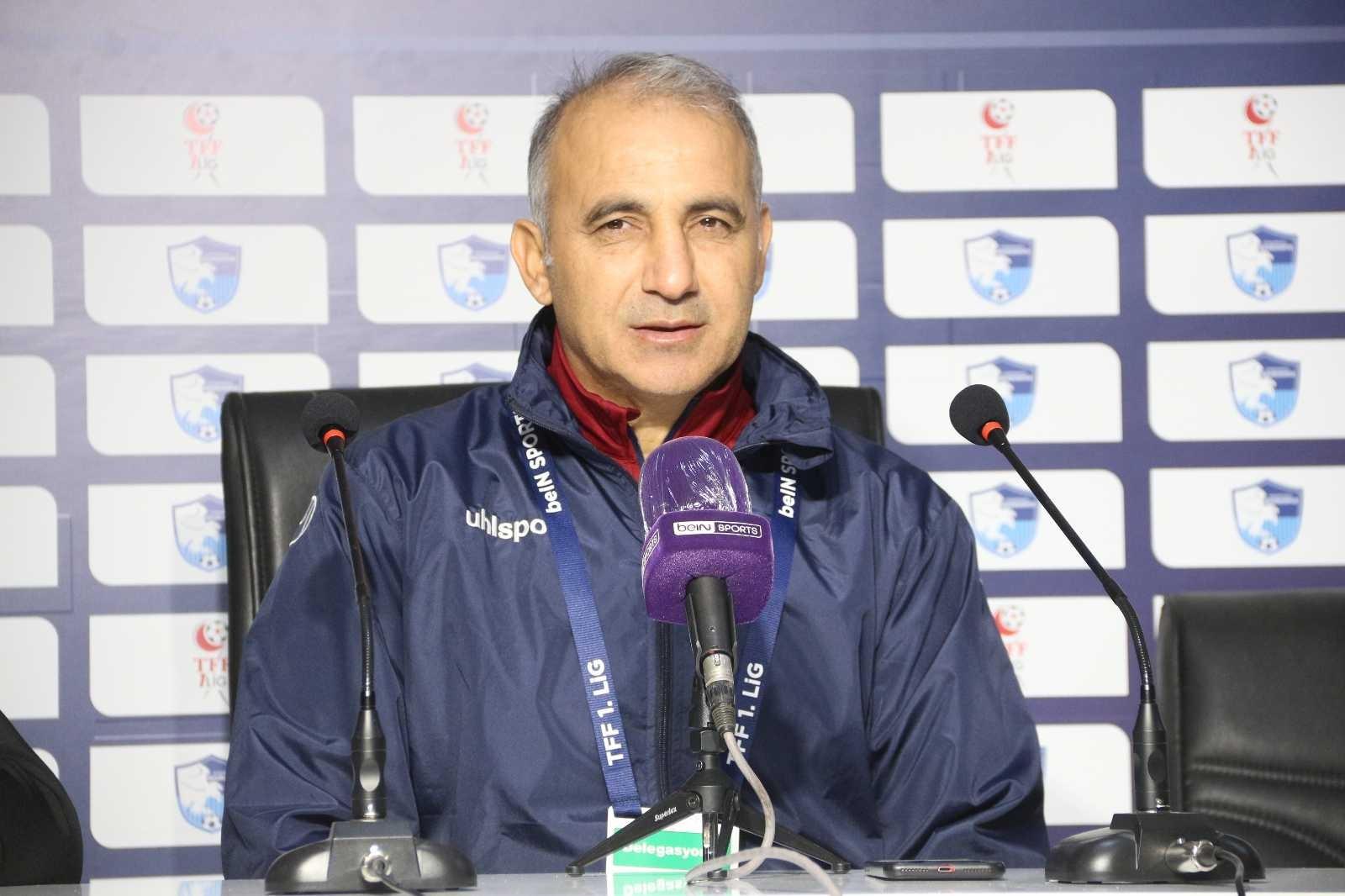 """Mehmet Şimşek: """"Zor bir maçtı kazandığımız için mutluyuz"""""""