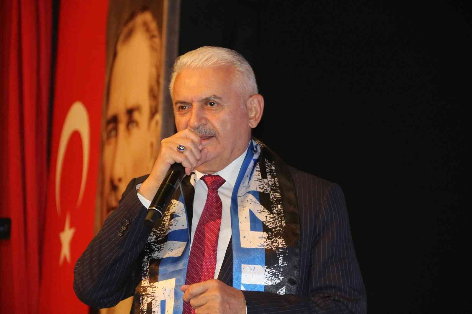 """Binali Yıldırım: """"2023'de Türkiye'yi dünyanın en gelişmiş ülkeleri arasına sokacağız"""""""