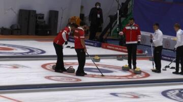 Curling 2022 Kış Olimpiyat Oyunları Ön Eleme Müsabakaları Erzurum'da son gününde devam ediyor