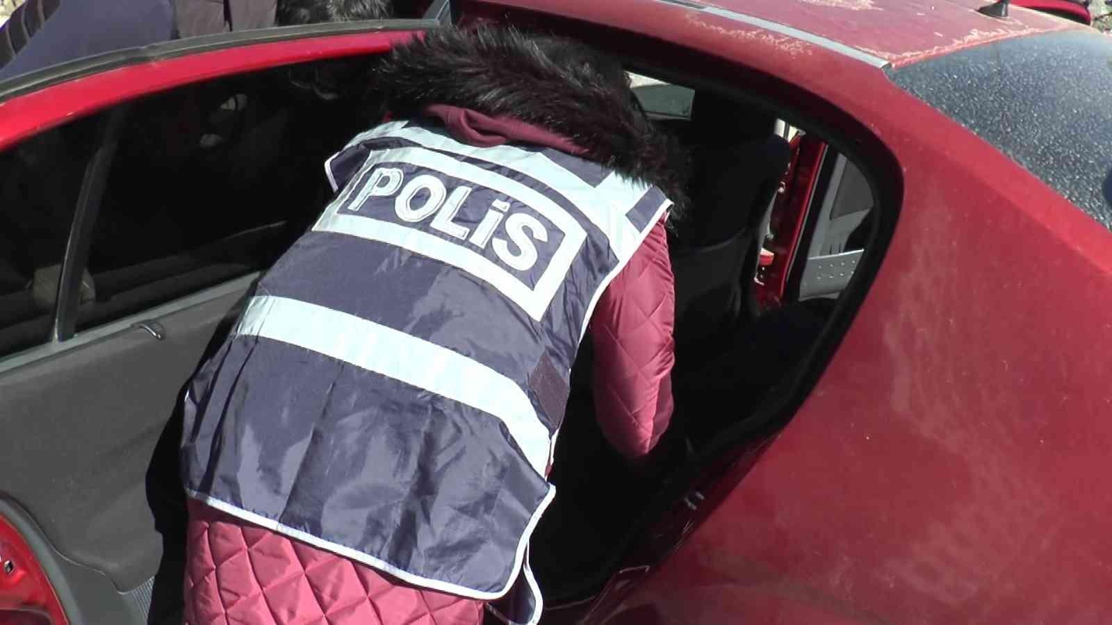 Polisten huzur uygulaması